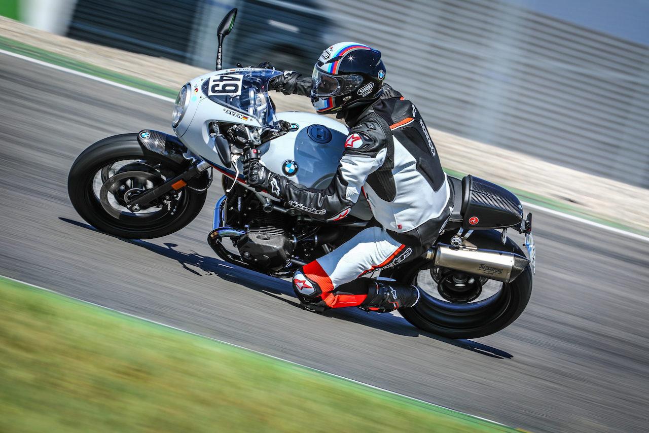 Sven Rentschler in Hockenheim bei seinem Hobby Motorradfahren