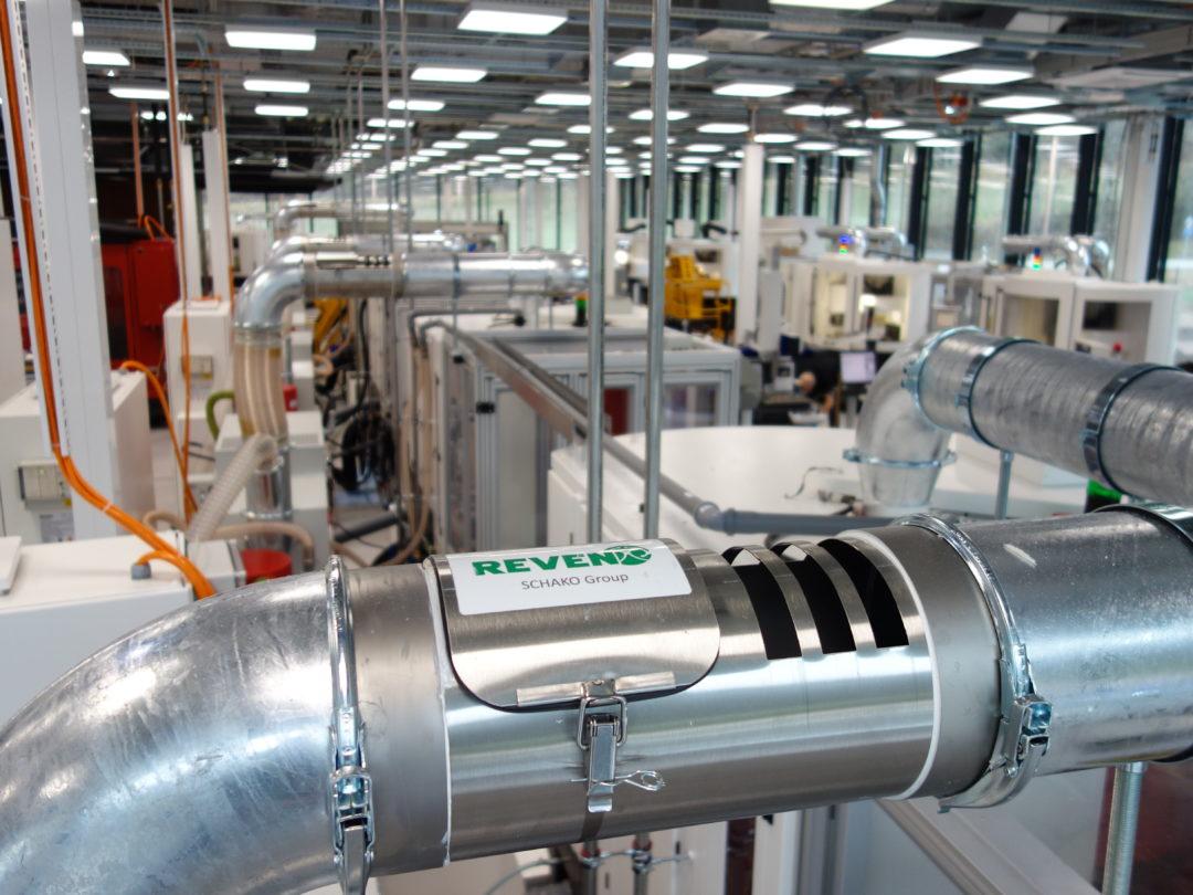 Dampfphasen Kondensator in der Produktion bei IWC in Schaffhausen