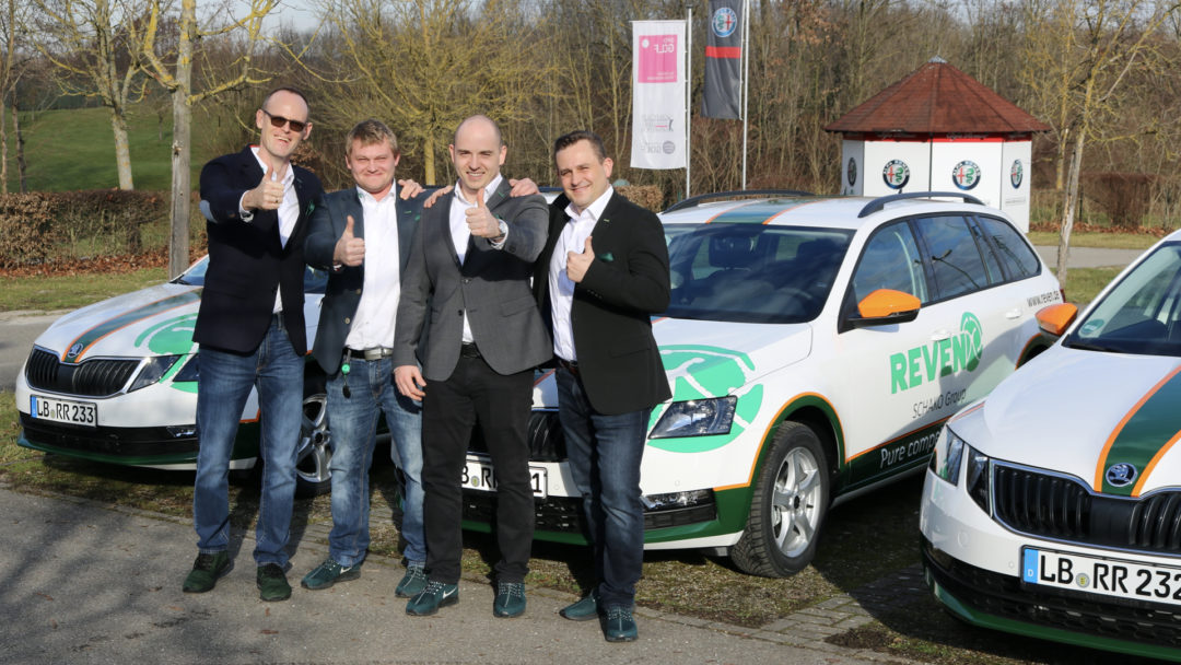 Sven & Vitali beim offiziellen Start mit Andreas Pfeiffer im Januar 2020