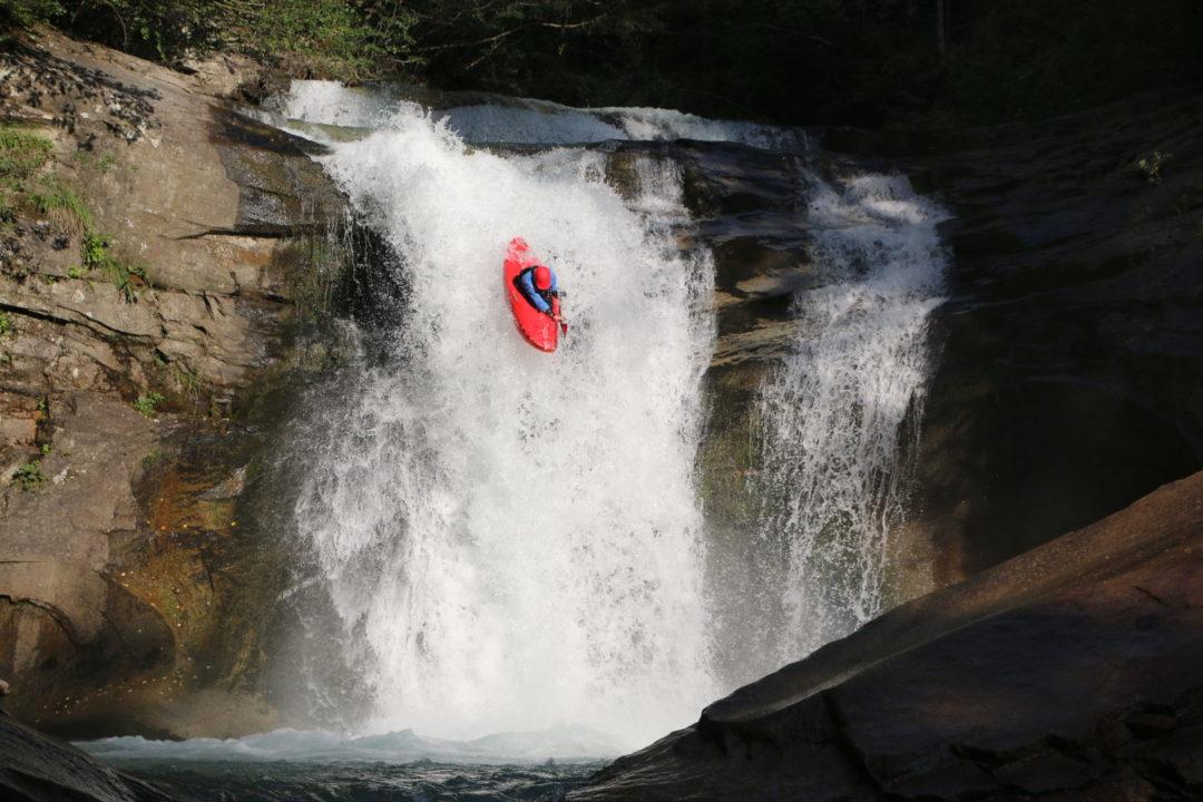 Matthias in Action im Wildwasser