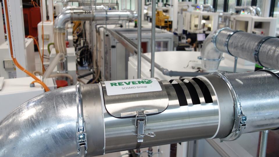 REVEN Pipe Dampfphasen kondensieren bei IWC in Schaffhausen