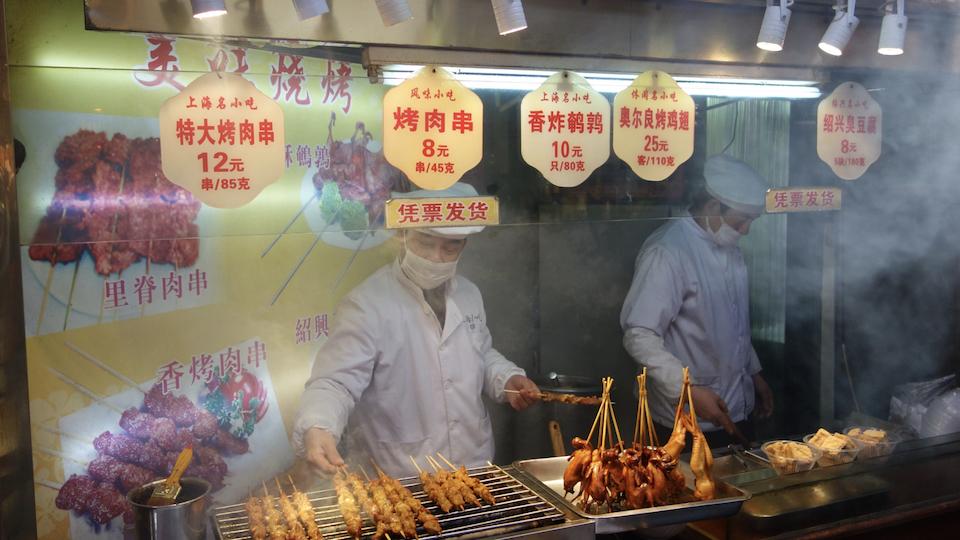 Küchenlüftungen zum Absaugen von gefährlichen Koch Emissionen